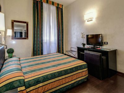 hotel-valle-rome-rooms-04