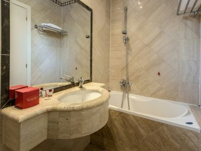 hotel-valle-rome-rooms-16