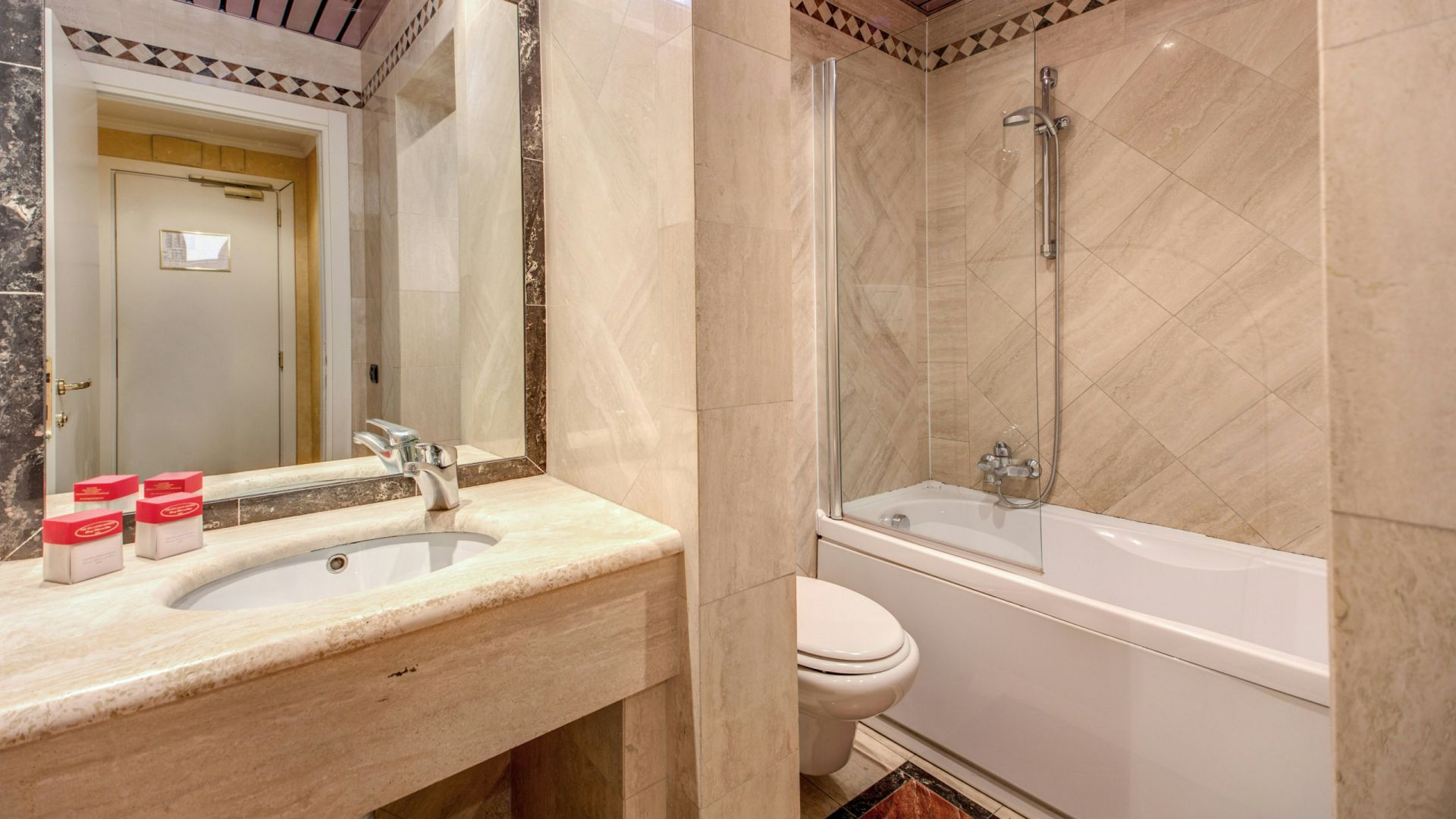 hotel-valle-rome-rooms-18