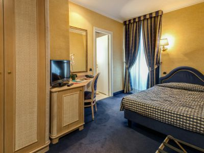 hotel-valle-rome-rooms-07