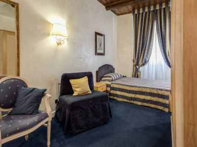 hotel-valle-rome-rooms-09