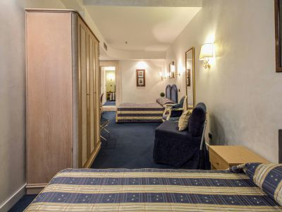 hotel-valle-rome-rooms-15